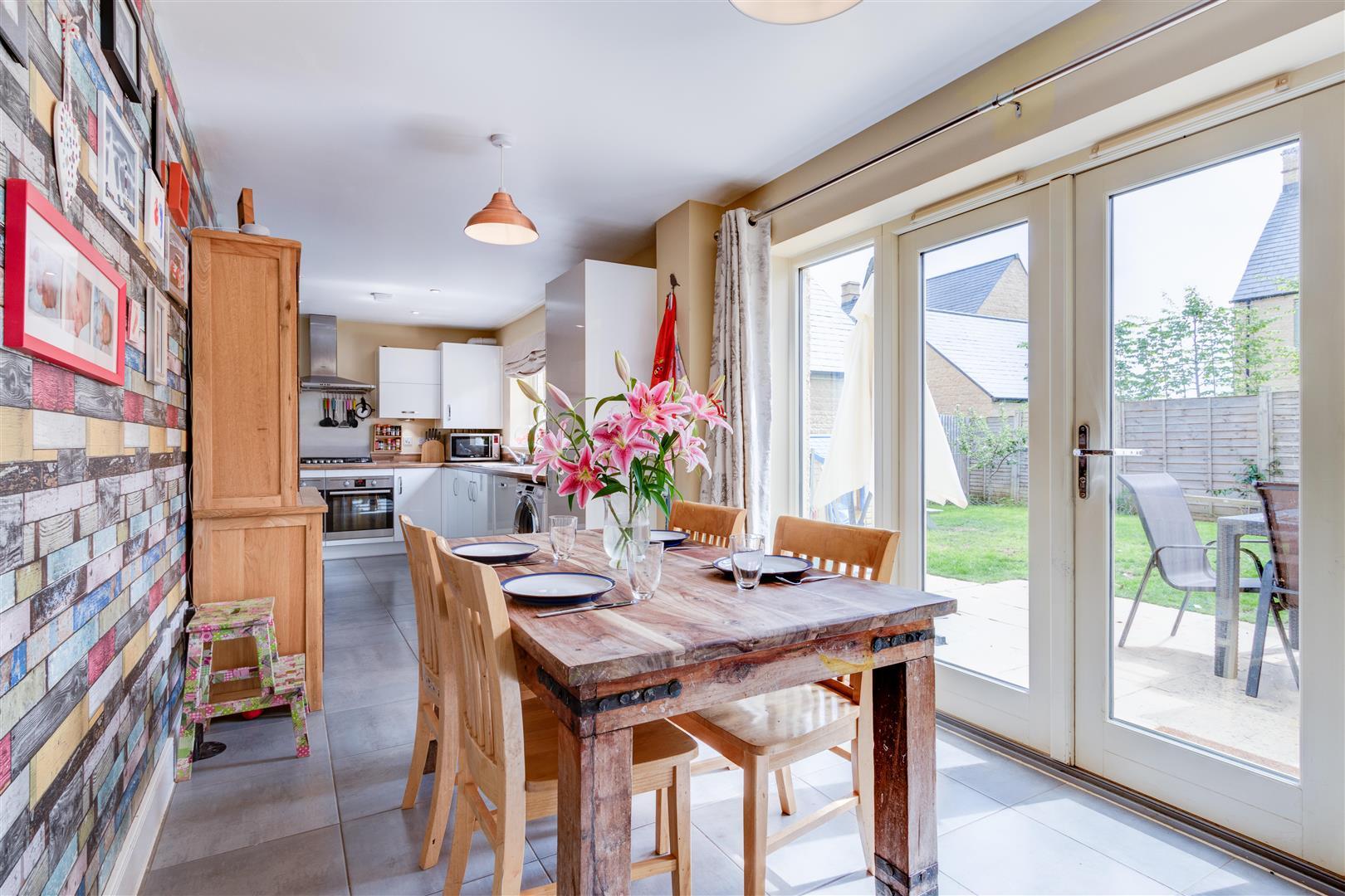KitchenV3.jpg